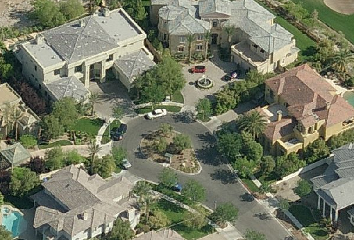 photo: house/residence of intelligent 100 million earning Las Vegas, USA-resident