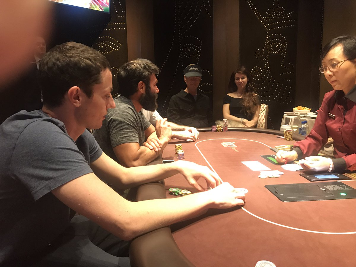 Tom Dwan plays high-stakes poker with Dan Bilzerian in Vegas