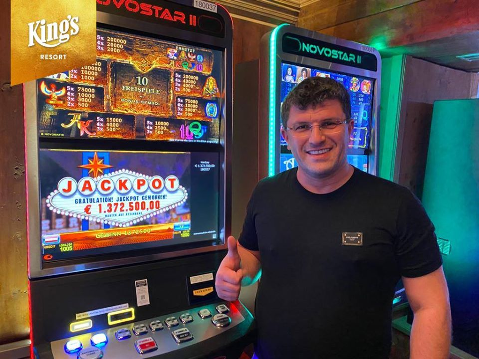 Leon Tsoukernik wins $1.5M Jackpot on Book of Ra video slot