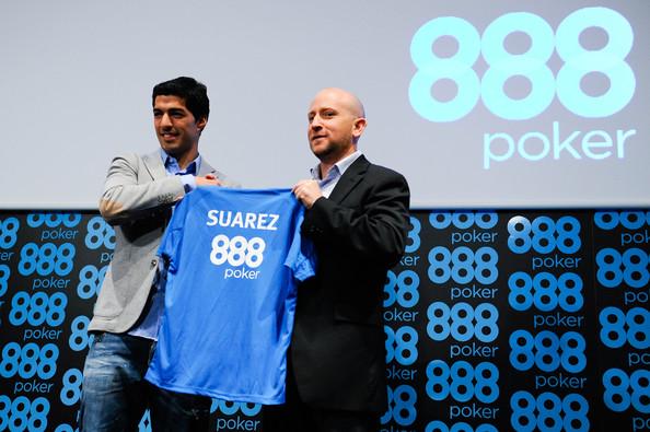 Luis Suarez (left) at 888poker Press Conference