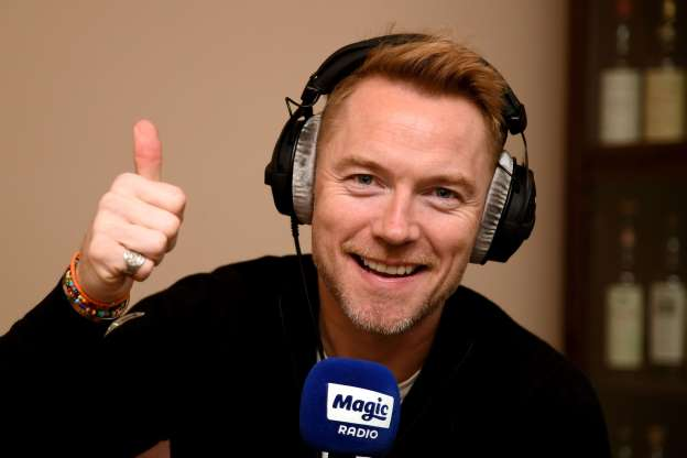 Ronan Keating reveals Leonardo DiCaprio owes him a few hundred from a poker game