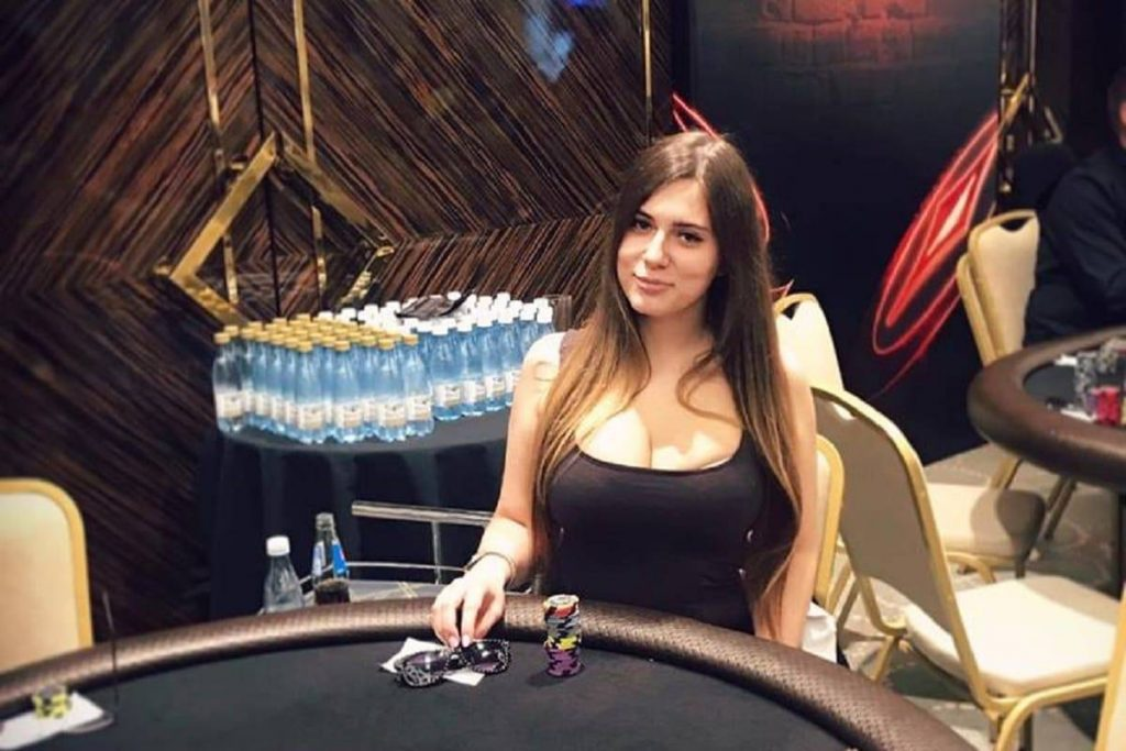 Female Russian Poker Player Dies from Electrocution in Bathroom