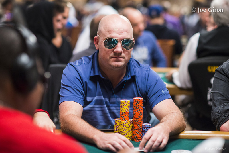 photo by pokernews.com (Joe Giron)