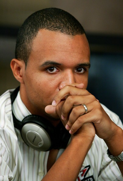 Phil Ivey Claims Borgata Used Booze and Sexy Waitresses To Distract Him