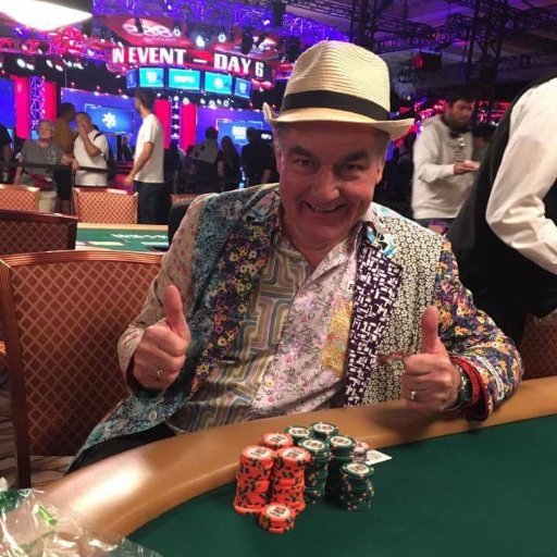 Grandpa travels to Las Vegas just to check off bucket list - Wins $2.6 Million!