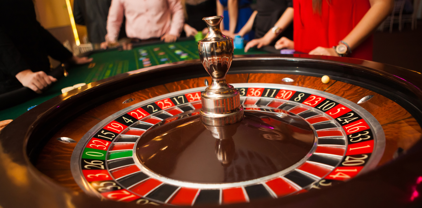 Croupier and High Rollers Arrested for Casino Fraud